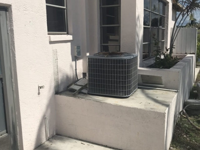 Single air conditioner unit replacement Fort Myers.